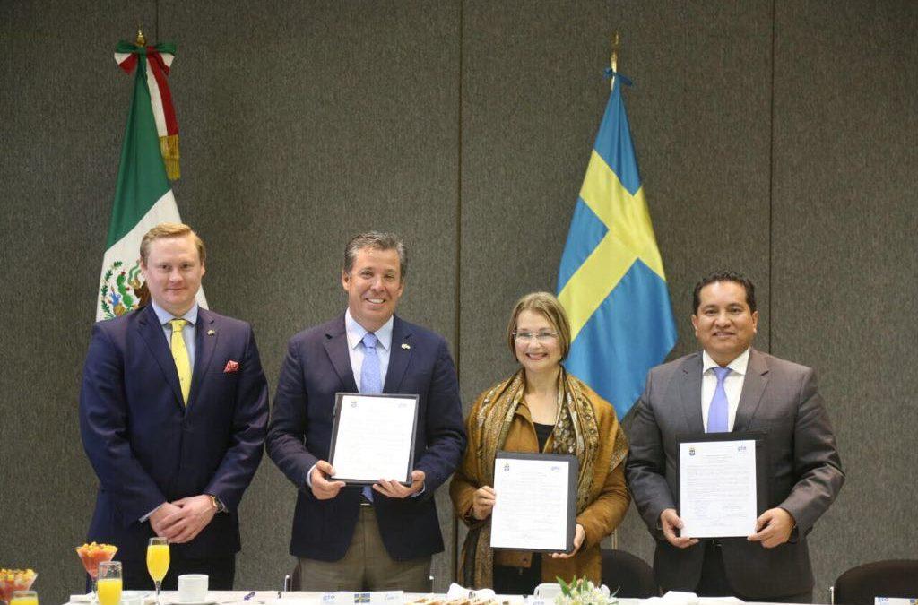 La Embajada de Suecia en México se interesa por el Proyecto León Municipio Humano Inteligente diseñado por AMIO